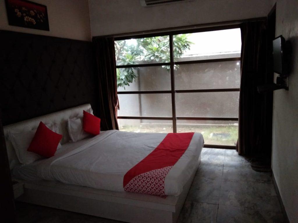 Sapphero Harshraj Resort